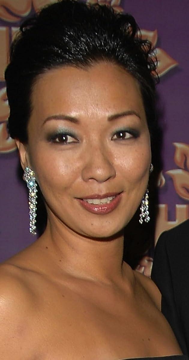 Deborah Lin Nude Photos 29