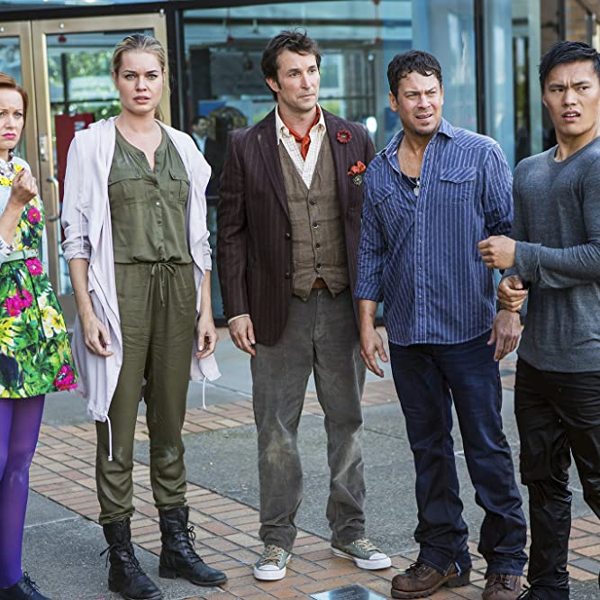 Noah Wyle, Rebecca Romijn, Lindy Booth, Christian Kane, and John Harlan Kim in The Librarians (2014)