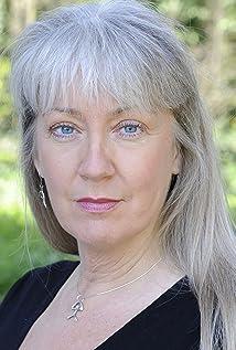 Tara Ward Picture