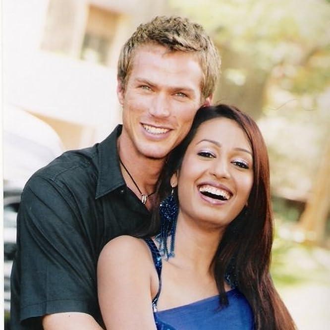 Jason Lewis and Kashmira Shah in My Faraway Bride (2006)