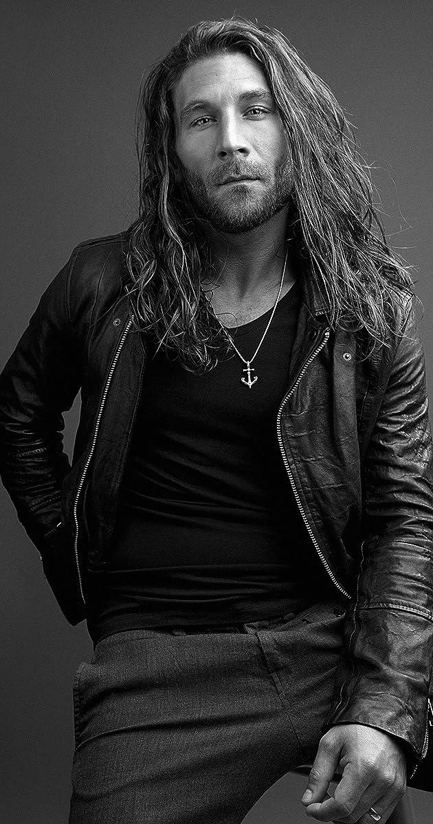 Zach McGowan - IMDb