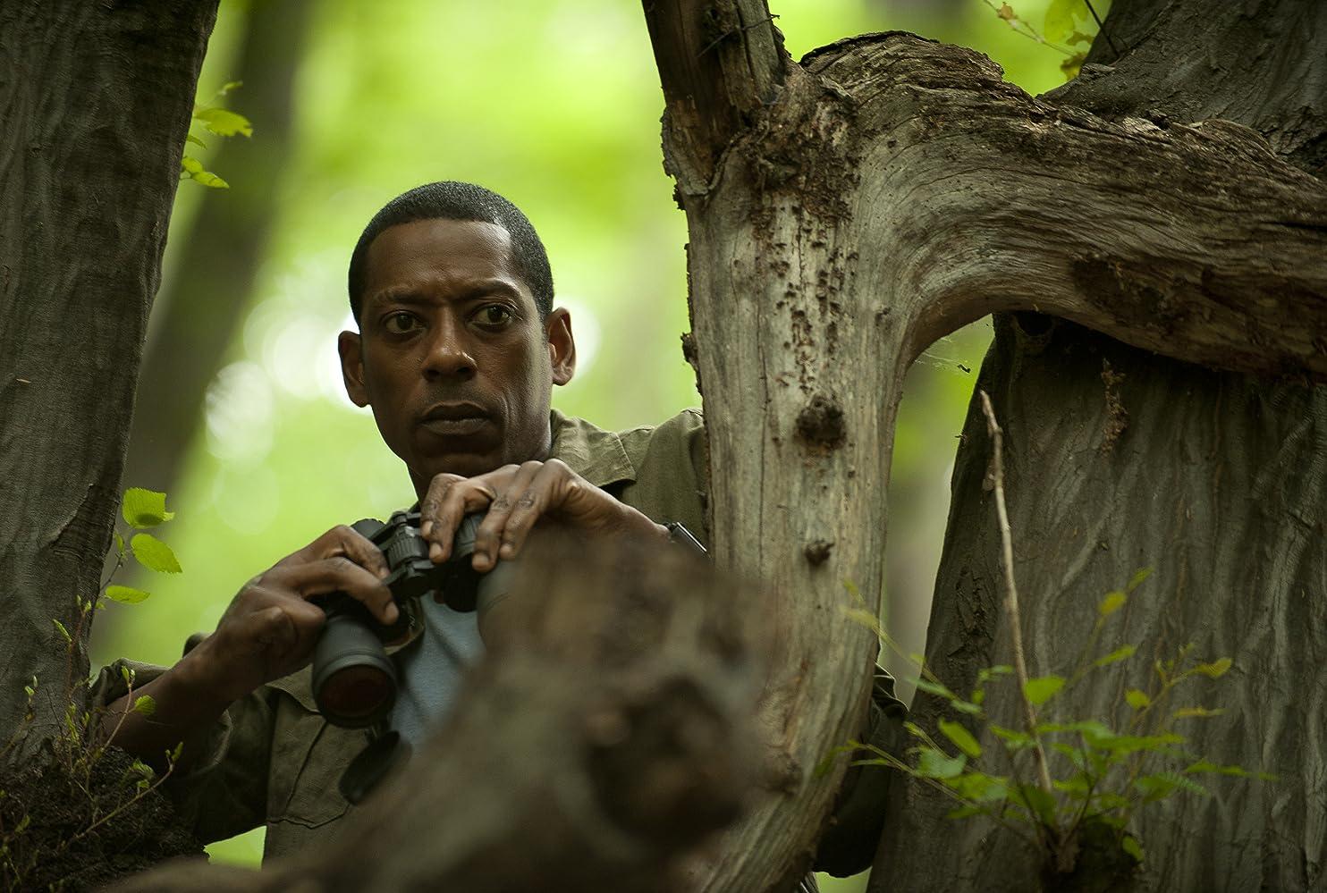 Orlando Jones in Enemies Closer (2013)