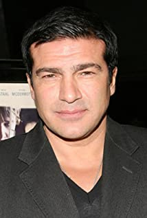 Tamer Hassan Picture