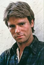 Richard Dean Anderson's primary photo