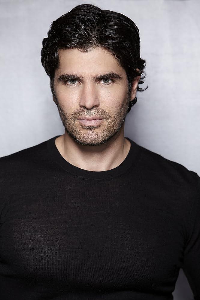 Eduardo Verastegui Long Hair