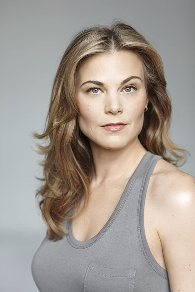 Gina Tognoni Net Worth Height Weight Age Bio