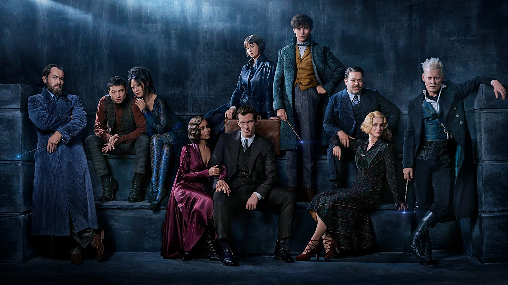 Johnny Depp, Jude Law, Dan Fogler, Alison Sudol, Eddie Redmayne, Katherine Waterston, Claudia Kim, Zoë Kravitz, Ezra Miller, and Callum Turner in Fantastic Beasts: The Crimes of Grindelwald (2018)