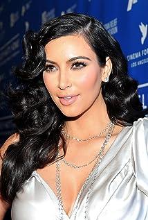 Kim Kardashian West Picture