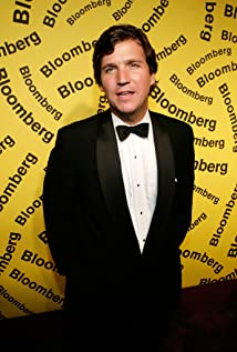 Tucker Carlson Picture