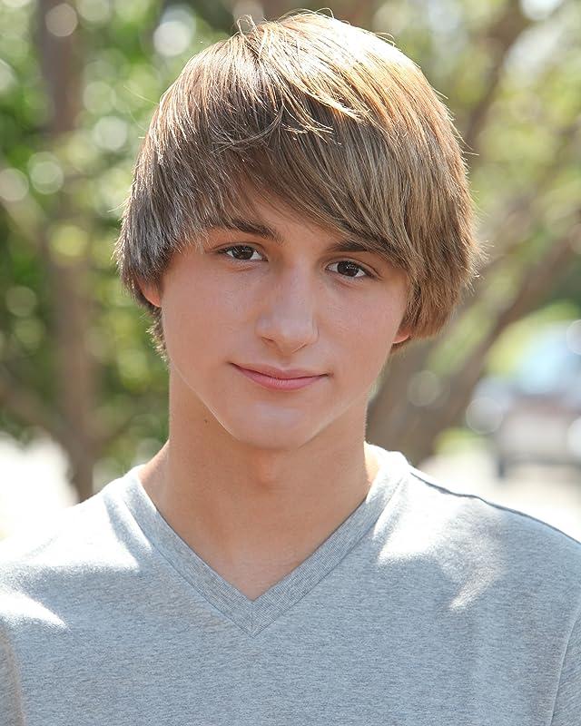 Pictures & Photos of Lucas Cruikshank - IMDb