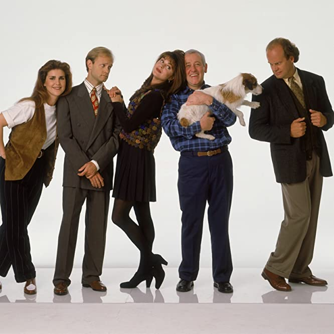 Kelsey Grammer, David Hyde Pierce, John Mahoney, Peri Gilpin, Jane Leeves, and Moose in Frasier (1993)