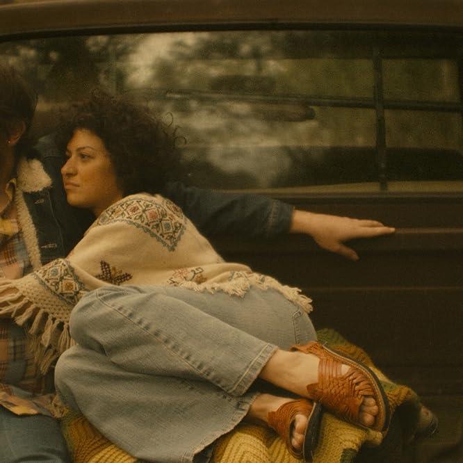 Alia Shawkat and Ben Dickey in Blaze (2018)