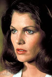 Lois Chiles Picture