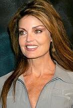 Tracy Scoggins's primary photo