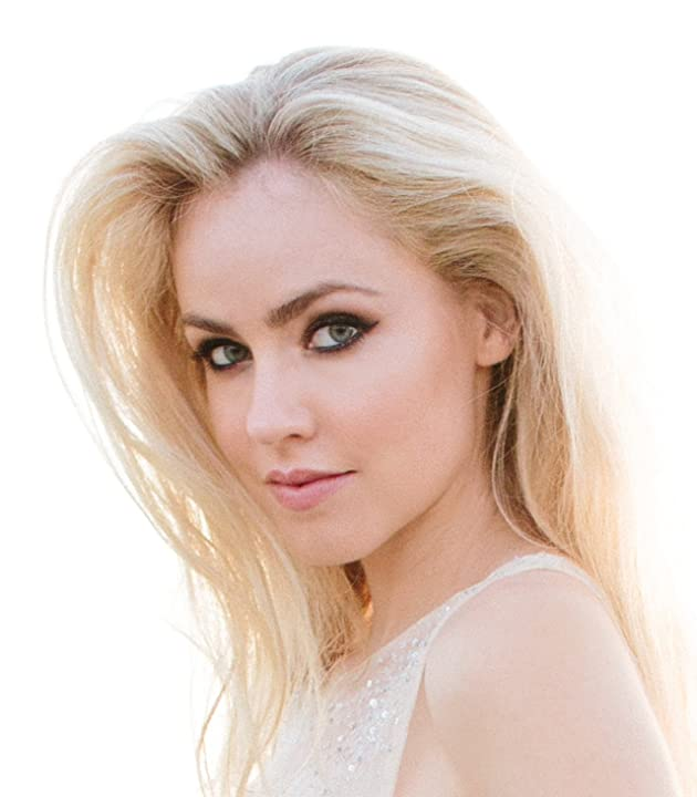 amanda schull in one - photo #20