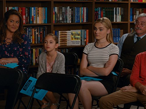 Katy Mixon, Daniel DiMaggio, Meg Donnelly, and Julia Butters in American Housewife (2016)