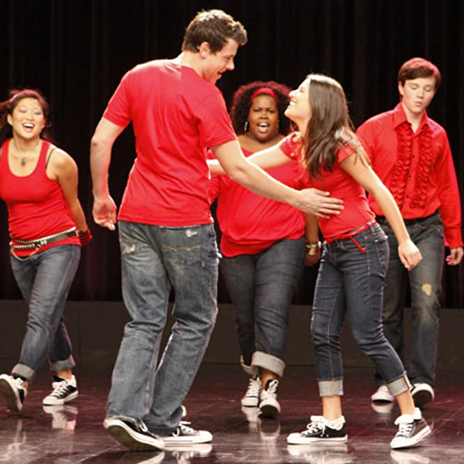 Lea Michele, Cory Monteith, Chris Colfer, Jenna Ushkowitz, and Amber Riley in Glee (2009)