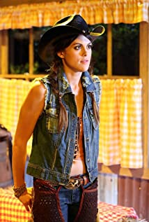 Lindsey Shaw Picture