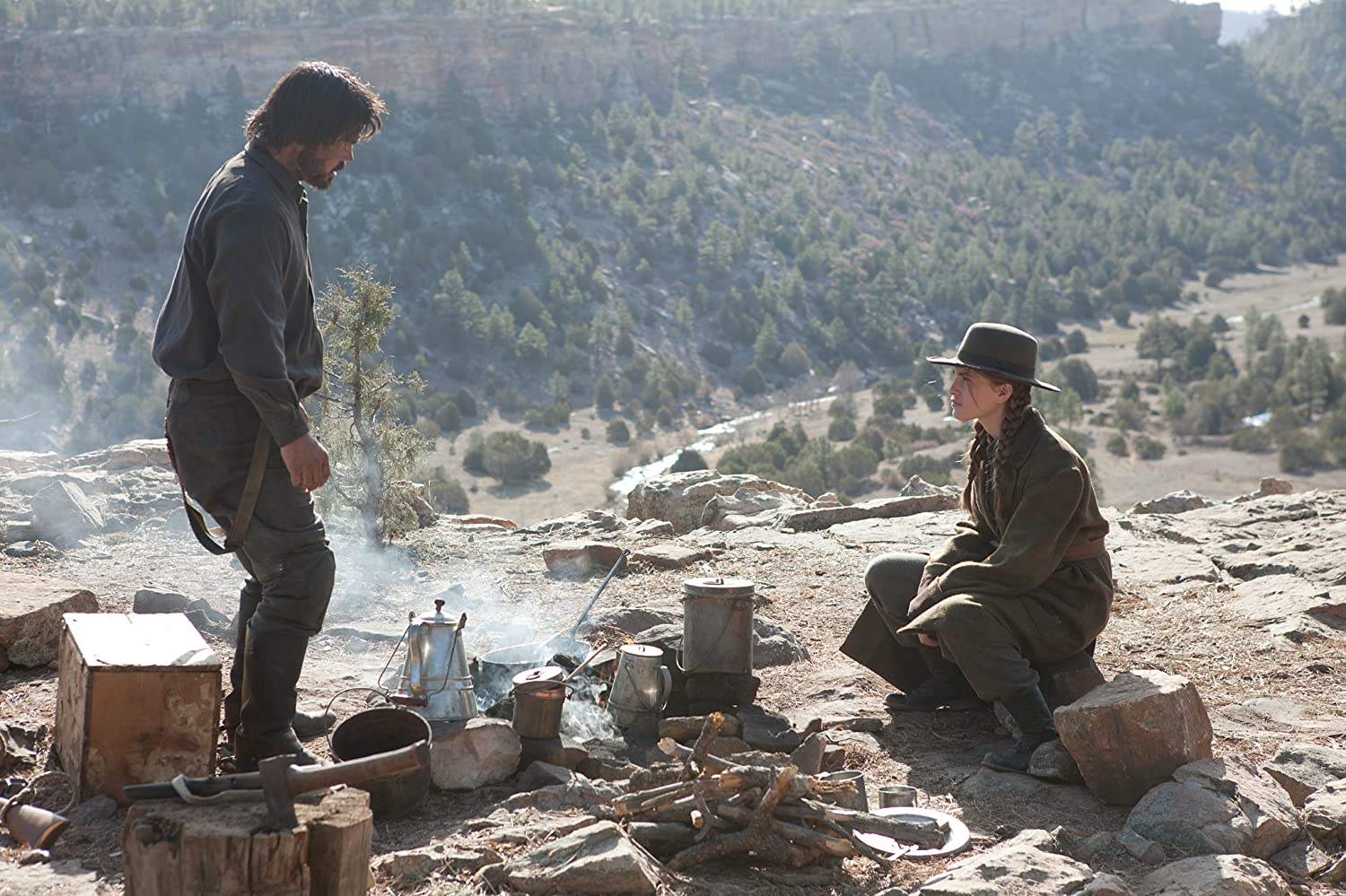 Josh Brolin and Hailee Steinfeld in True Grit (2010)