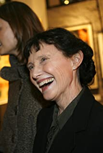 Mary Jo Deschanel Picture