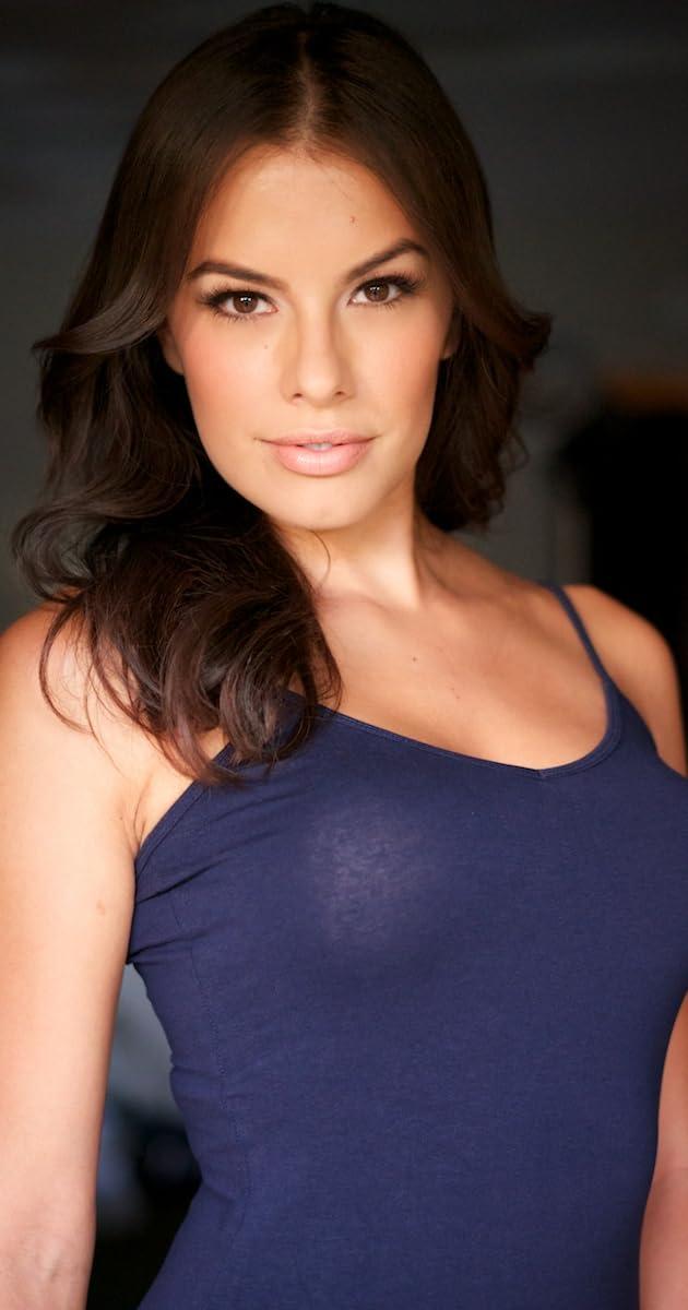 Sandra Hinojosa Nude Photos