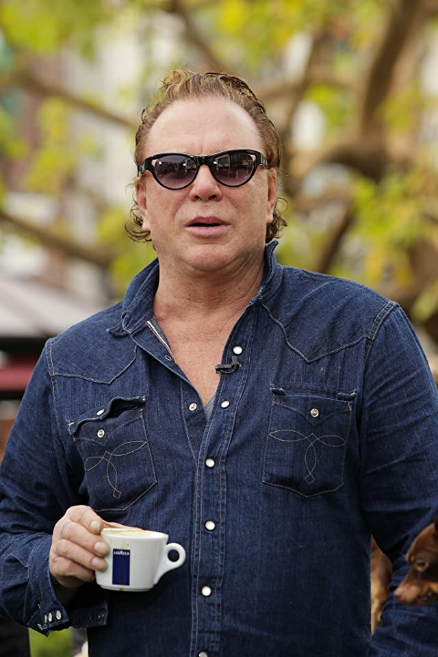 Who is mickey rourke dating now 2012