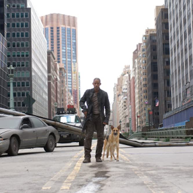 Will Smith and Kona in I Am Legend (2007)