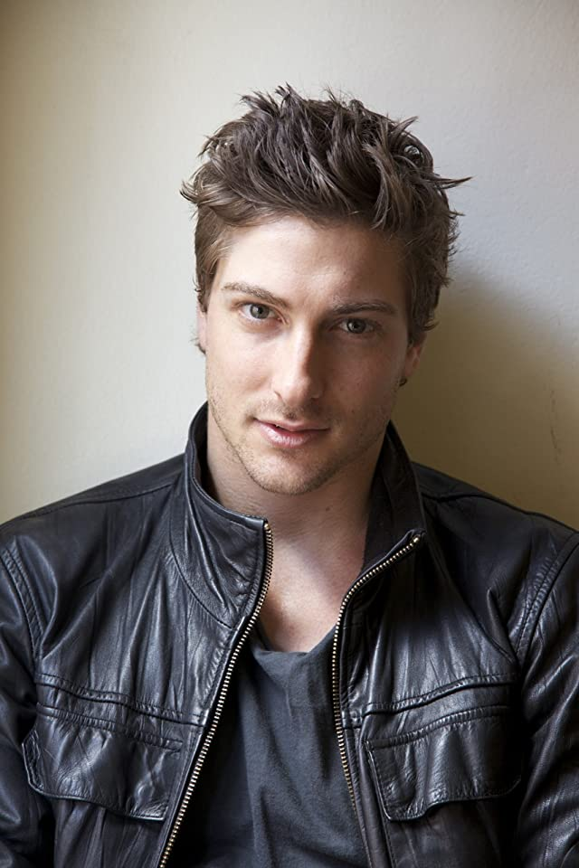 Pictures & Photos of Daniel Lissing - IMDb