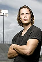 Taylor Kitsch's primary photo