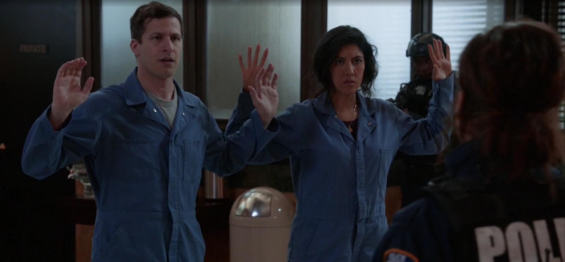 Brooklyn Nine-Nine: The Bank Job | Season 4 | Episode 21