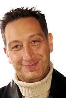 Moisés Kaufman Picture