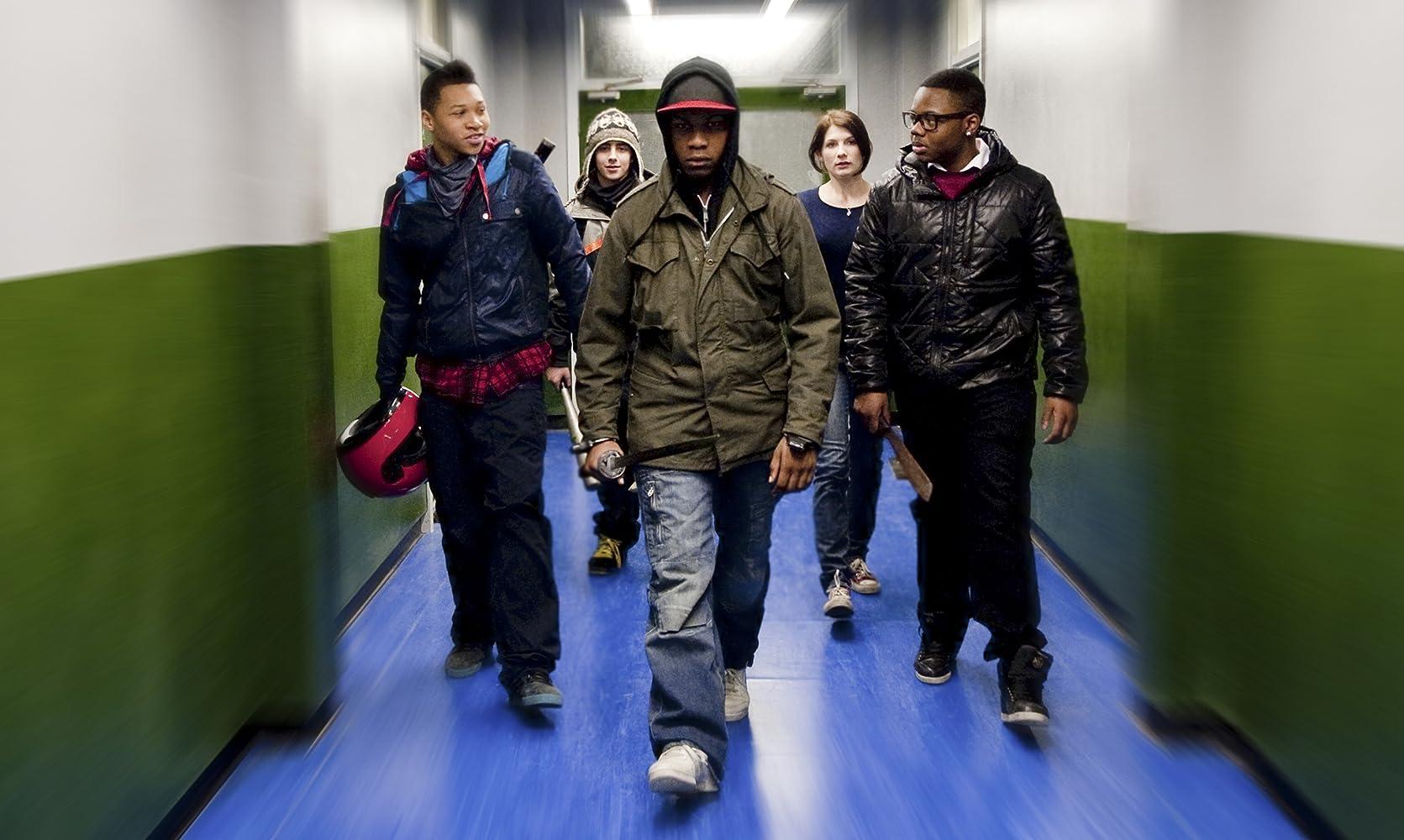 Jodie Whittaker, Franz Drameh, Alex Esmail, Leeon Jones, and John Boyega in Attack the Block (2011)