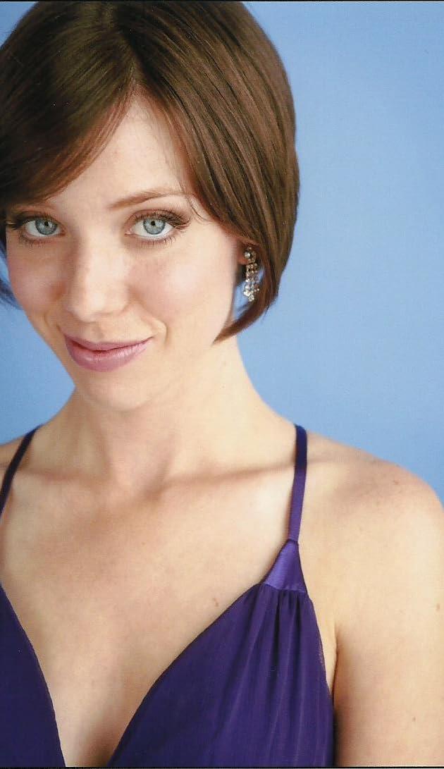 Sara Swain Nude Photos 90