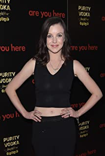 Aktori Claudia Levy