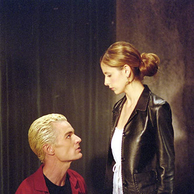 Sarah Michelle Gellar and James Marsters in Buffy the Vampire Slayer (1996)