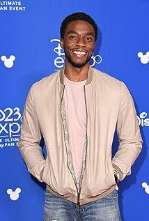 Chadwick Boseman Picture