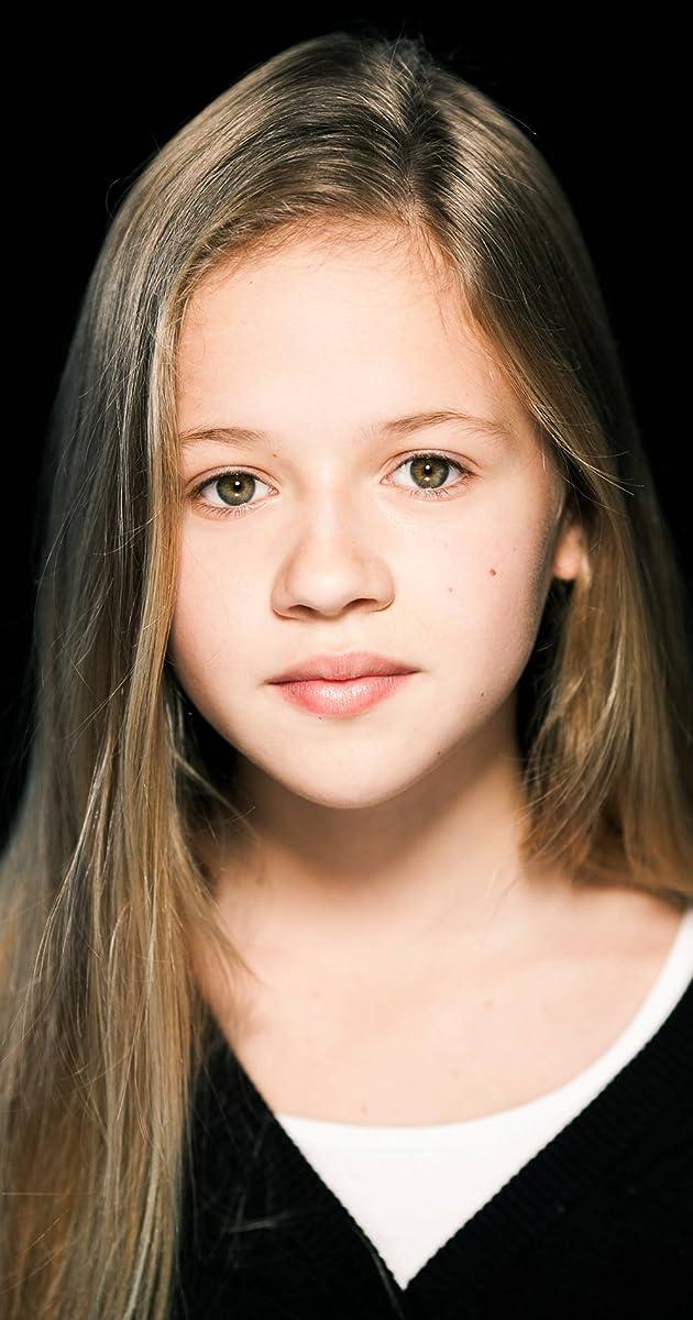 Holly J Barrett