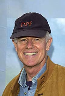 Mike Farrell Picture