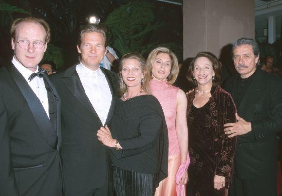 Pictures & Photos of William Hurt - IMDb