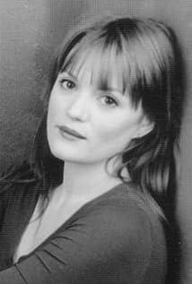 Lara Phillips Picture