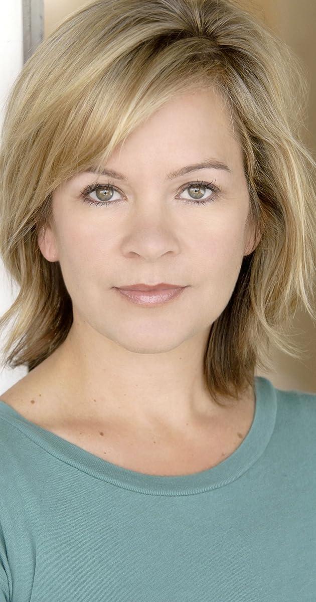 Ellie Cornell