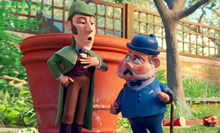 Johnny Depp and Chiwetel Ejiofor in Sherlock Gnomes (2018)