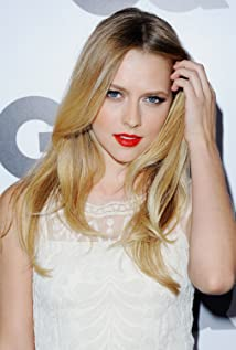 Teresa Palmer Picture
