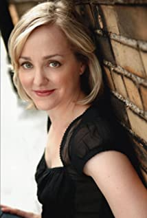 The 47-year old daughter of father George Carr and mother Phyllis Carr, 160 cm tall Geneva Carr in 2018 photo