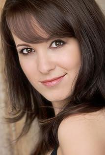 Larissa LaRenne Picture