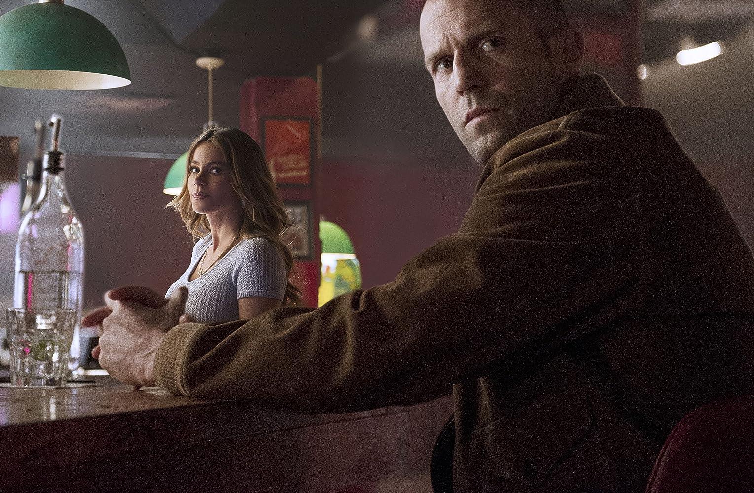 Jason Statham and Sofía Vergara in Wild Card (2015)