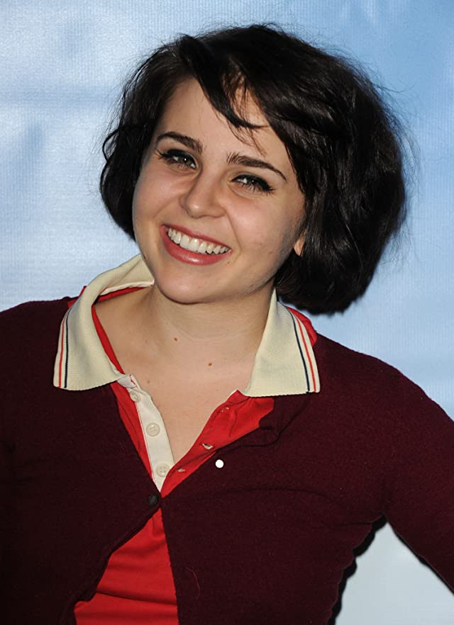 mae whitman dating Mae whitman dated haley joel osment in the past, but they broke up in 2002 mae whitman is currently dating name unknown - mae whitman.