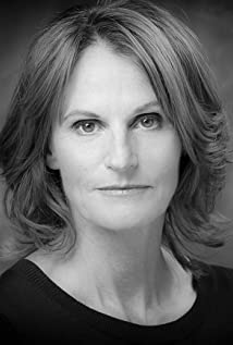 Gwyneth Strong Picture