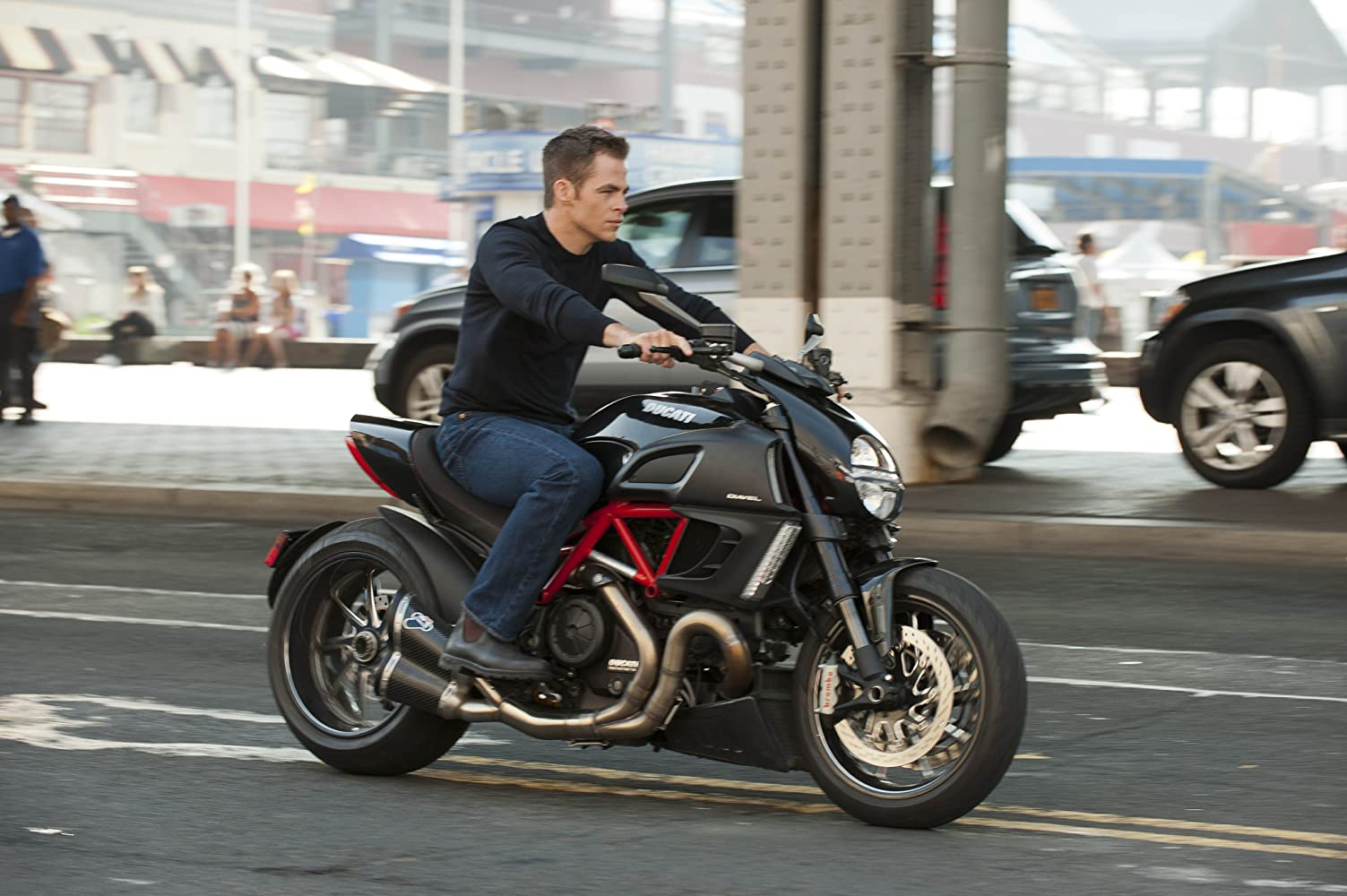 Chris Pine in Jack Ryan: Shadow Recruit (2014)