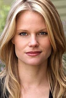 Joelle Carter Picture